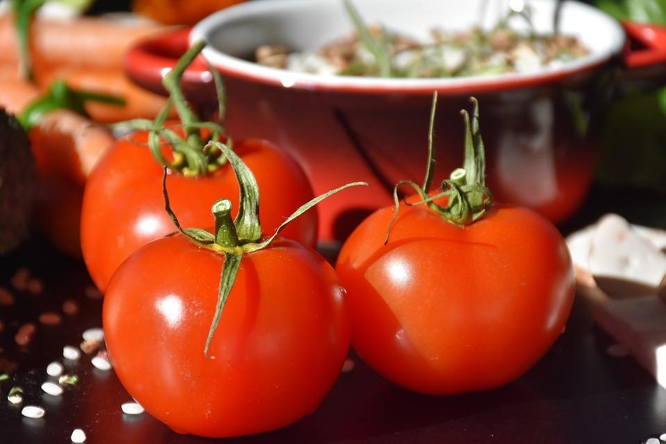 Tomatpesto med camelinaolja